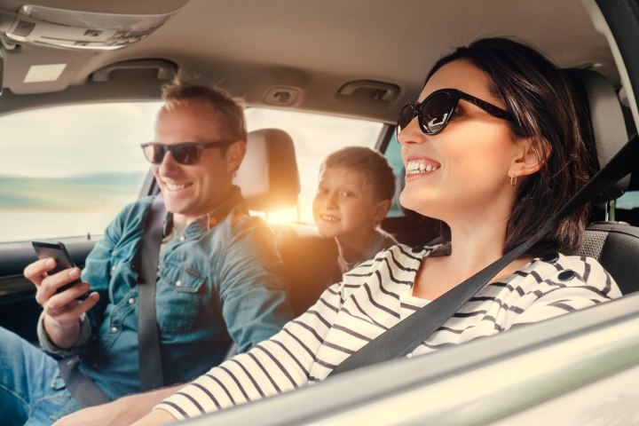 5 Priceless Tips for Choosing the Right Pair of Sunglasses for Driving in the UAE