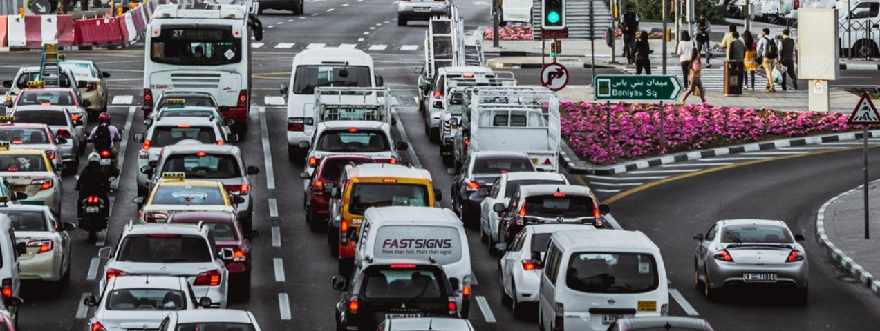 How to Avoid the Busy Traffic on Roads in Dubai