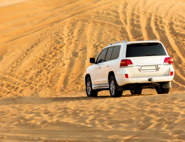Why Renting an SUV in Dubai Makes Perfect Sense