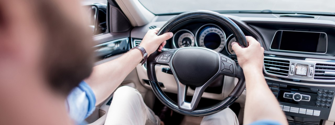Top 5 Precautions to Take While Driving in Dubai