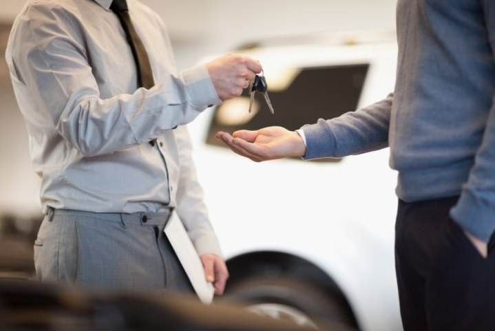 Top 5 Tips to Help You Save a Buck on Car Rentals