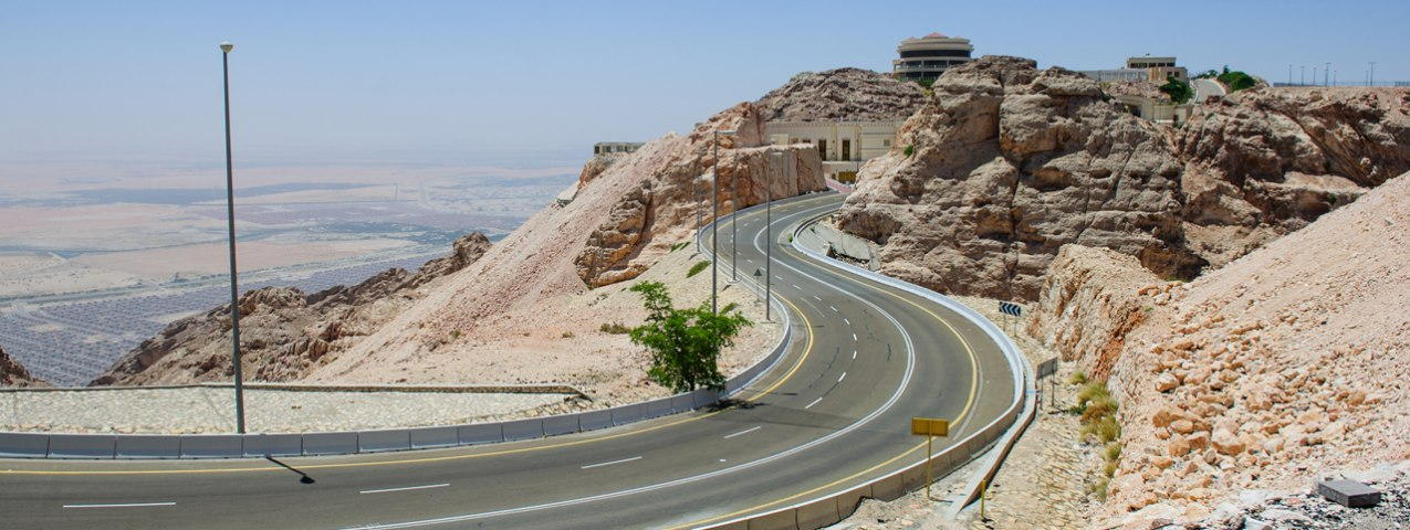 Top 5 UAE Freeways for Driving